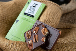 Many businesses use pecans from Twin Springs Pecans including Sweet Minou, which uses the pecans in their milk chocolate pecan bar. Tasty Good Toffee, a Lincoln based company, and Omaha based companies, The Pie Whole bakery and Snowshoe & Company are among other businesses that use Twin Springs Pecans.